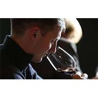 Лекция Виталия Кравченко «Винный этикет. Секрет винных бокалов от немецкого производителя Stoelzle»